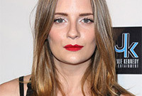 Mischa-barton-simple-glam-hair-and-makeup-side