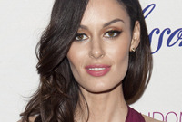 Nicole-trunfio-hairstyle-for-a-long-face-side