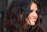 How to tame thick hairstyle selena gomez style side