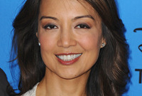Ming na wen hairstyle and makeup for asian women side