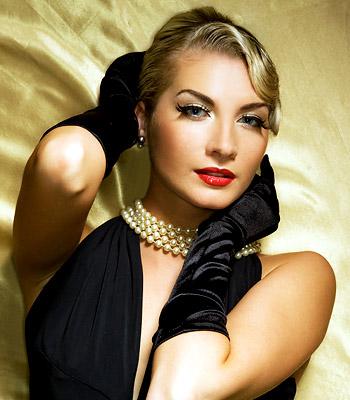 Hairstyles for Women: Retro Vintage Hair