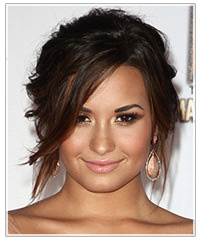 side cut hair styles demi lovato s hair and makeup hairstyles 4260