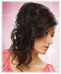 Model with black curly hair