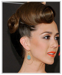 Christina Bennett Lind hairstyles