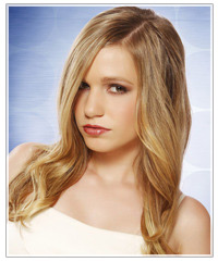 Model with glossy blonde hair