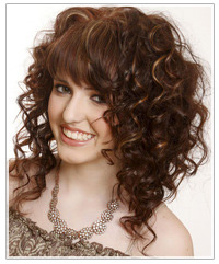 Model with brown curly hair