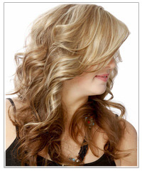 Model with blonde two-tone hair