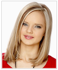 Model with straight blonde hair