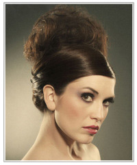 Model with beehive upstyle
