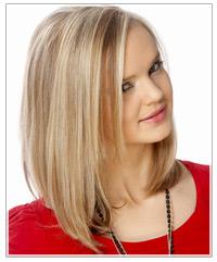 Model with sleek blonde hair