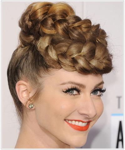 Amy Heidermann hairstyles