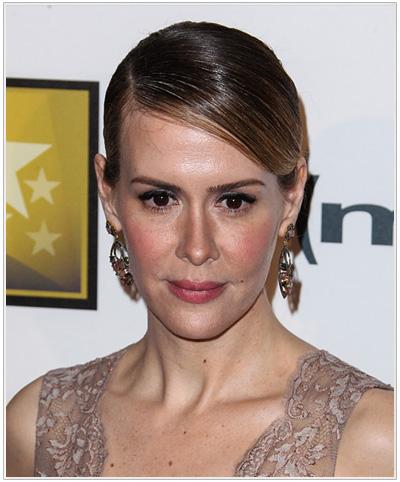 Sarah Paulson hairstyle