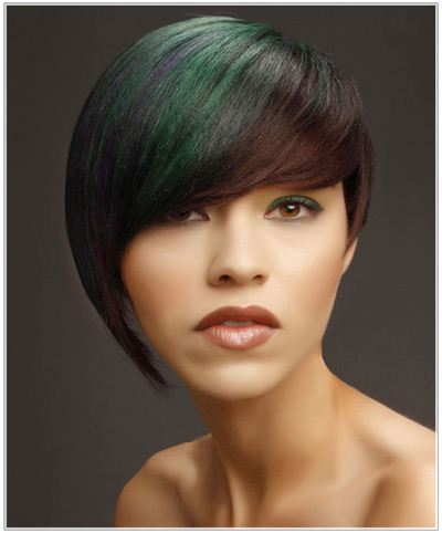 Model with a multi-colored asymmetric hairstyle