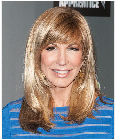 Leeza Gibbons side-parted Hairstyle