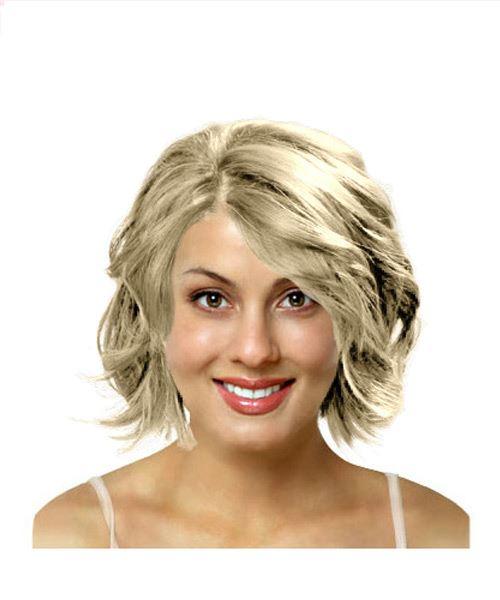 Wavy medium length hairstyle