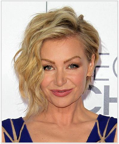 Portia De Rossi Short Wavy Hairstyle.