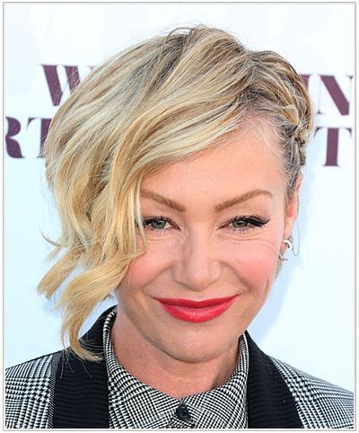 Portia De Rossi Wavy Half Up Hairstyle.