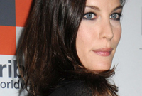 Awe Inspiring Liv Tyler Hairstyles For Narrow Face Shapes Natural Hairstyles Runnerswayorg