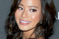 Jamie chung red carpet hairstyle and makeup side