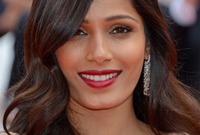 Celebrity hair spotlight freida pinto side