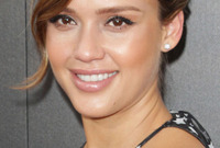 Jessica albas mommy makeover side