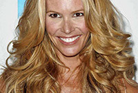 Elle macpherson time for the chop side