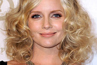 Marley shelton retro seventies style for fine hair side