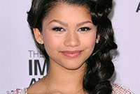Zendaya coleman five minute curly updo side
