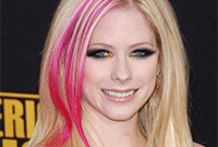 Avril lavinge pretty punk makeup side