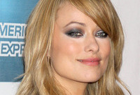 Olivia wilde silver smokey eyes side