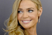 Should denise richards darken up side