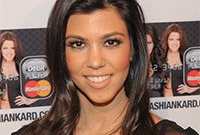 Kourtney kardashian hair fail side