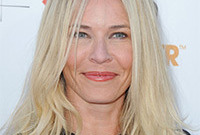 How to get hair and makeup like chelsea handler side