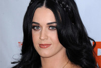 Katy perry makeup fail side
