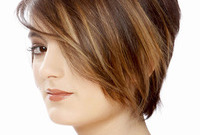 Hairstyles for faces with delicate features side