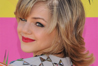 Teen makeup showdown olivia holt vs oana gregory side